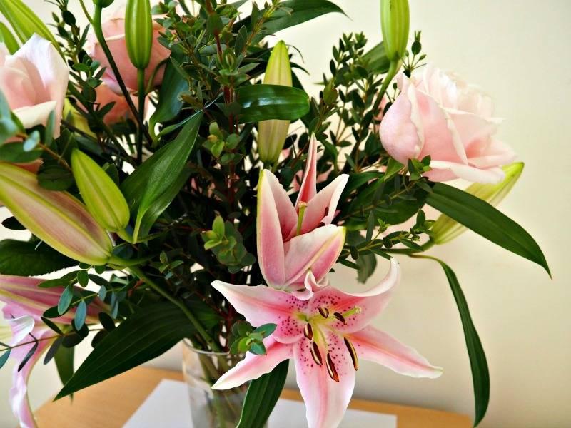 Debenhams Lily Bouquet