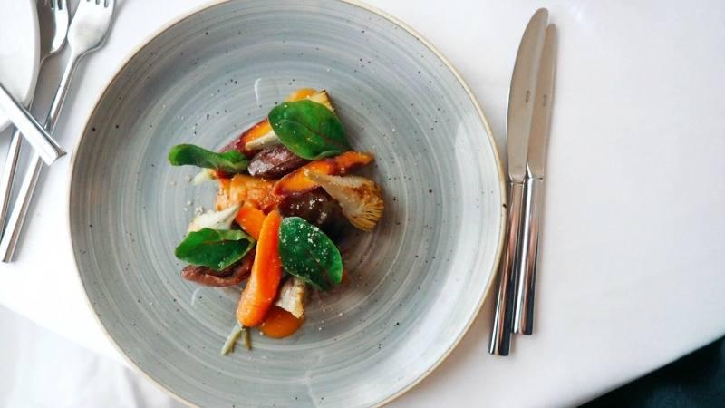 Dinner at Seasons Restaurant, Woughton House