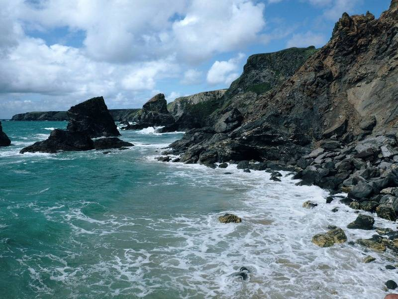 A guide to visiting Bedruthan Steps Beach