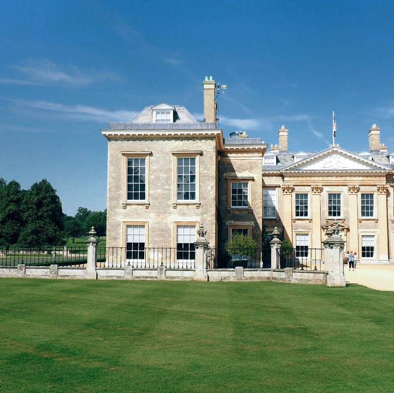Althorp House in the sunshine